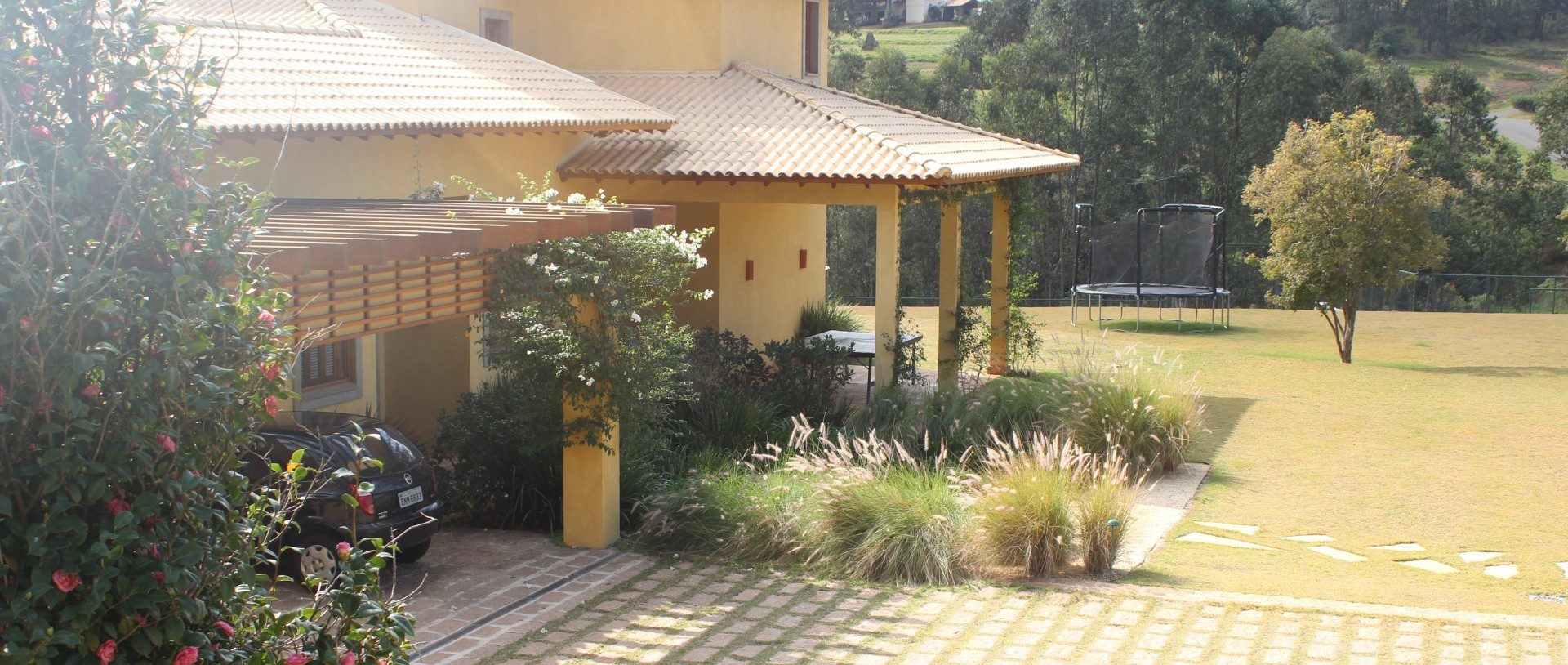 ef arquitetura arquitetura e construção praça joaquim pinto de  #9A7E31 1920x814 Banheiro Arquitetura E Construção